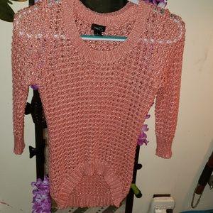 Tops - Knit/ Crochet shirt